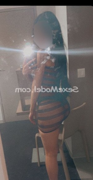Laurelle escort rencontre dominatrice