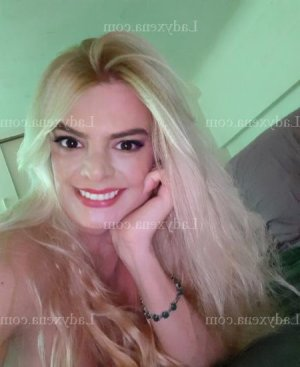 Eveline escorte girl rencontre sexe à Noisy-le-Sec